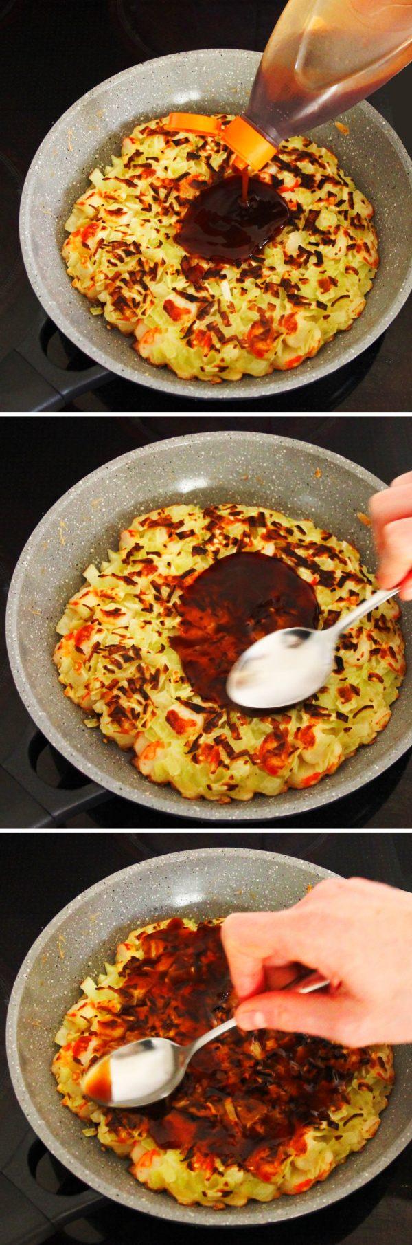 Grundrezept Okonomiyaki Schritt 7 Teig mit Sauce bestreichen