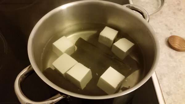 yudofu-schritt-3-tofu-kochen