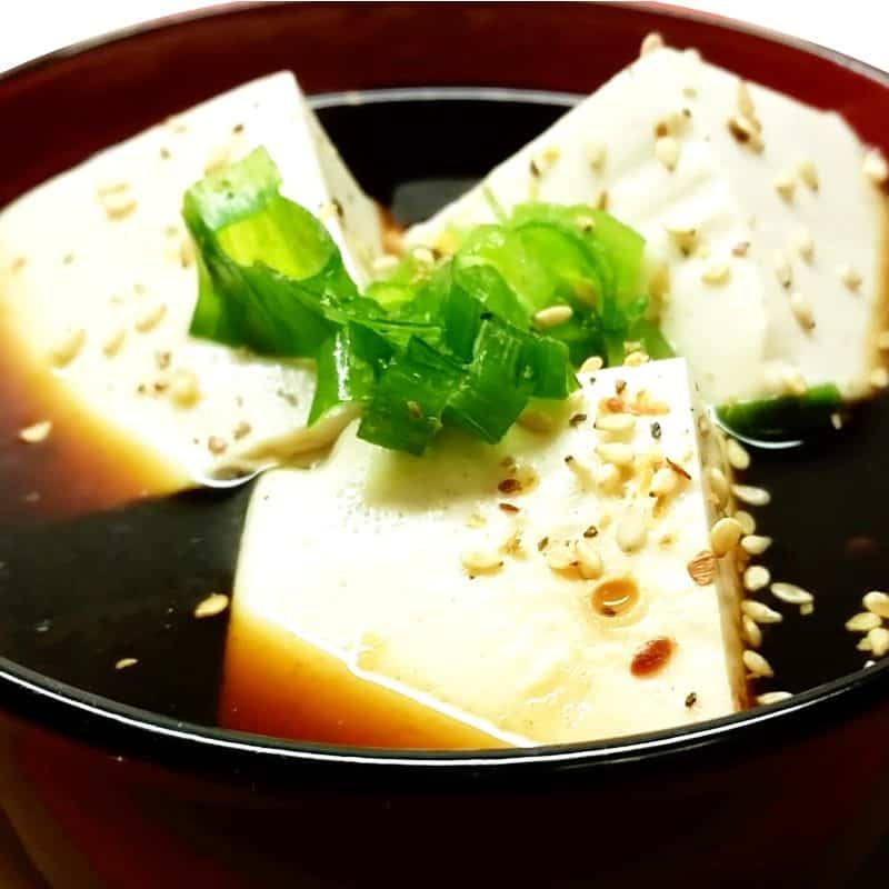 Yudofu – heißer Tofu in Zitrone und Kombu