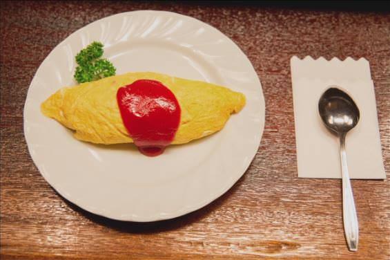 Schnelles Omuraisu wird auch Thema in einer der Episoden der Netflix Produktion Midnight Diner - Tokyo Stories.