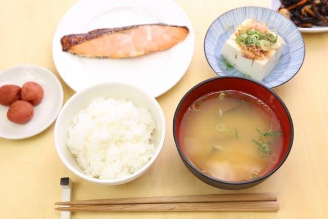 Japanisch kochen und ein authentisches Menü erstellen – das schaffst du in Zukunft auch!