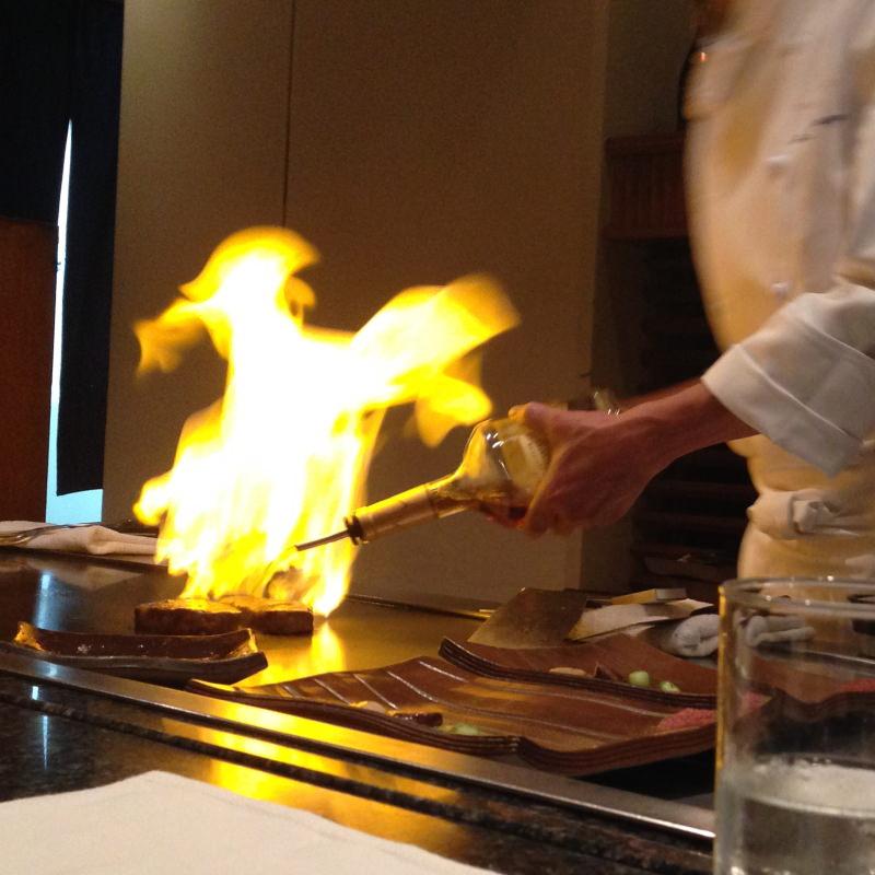 Am Teppanyaki geht es immer heiß her.